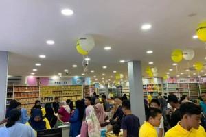 近Tuas关口,马来西亚版Daiso来啦!全场商品只要S$0.7!从锅碗瓢盆到春节对联应有尽有