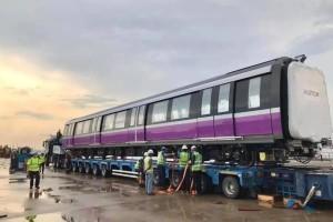 全新紫线地铁从西班牙送抵狮城,陆路交通局献上独家幕后照片