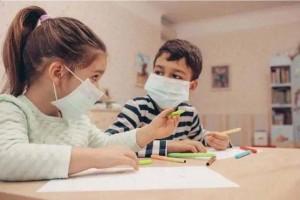 政府调整规定6岁以下孩童不强制戴口罩