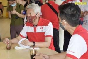 """建国总理李光耀次子李显扬未参选:""""新加坡不再需要另一个李"""""""