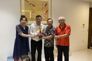 新加坡天府会永久名誉会长捐赠骨髓 搭建中新美好