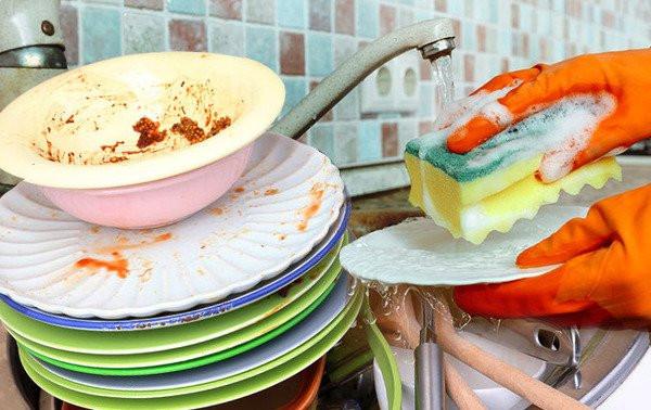 招聘全能洗碗工  要日站8小时  搬23公斤重物