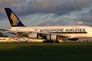 """新航感谢政府再次为航空业提供""""8.7亿""""元的支持"""