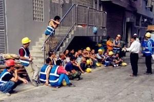 主动让座却被瞧不起!新加坡人这样对待外劳引争议!