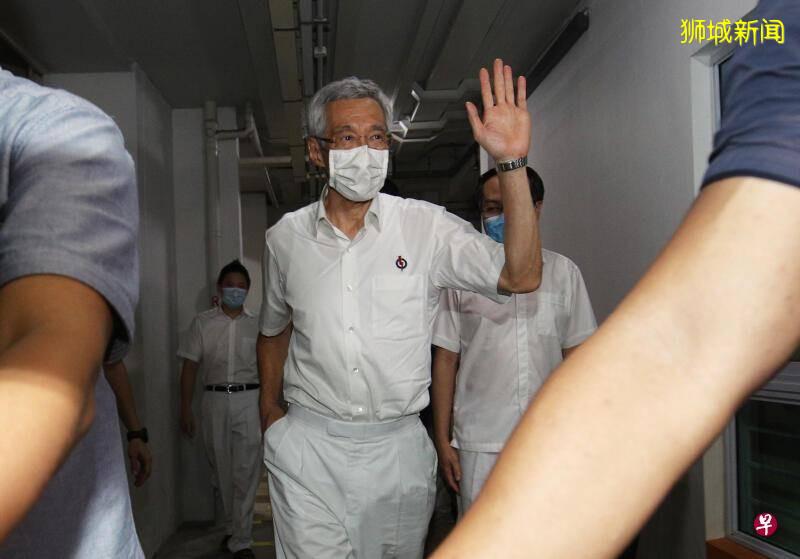 李显龙提醒PAP议员  准备好与反对党议员对话