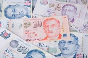 重罚1000新币!不注意安全距离,新加坡这些人、餐馆都被罚了