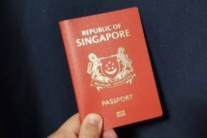 新加坡护照全球第二!亚裔在欧美频频遇袭,更多人要来新加坡了