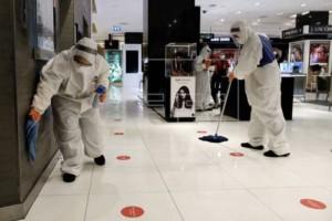 新增544例!新加坡首位病逝中国籍客工 | 中国被新加坡机构评为抗疫第一